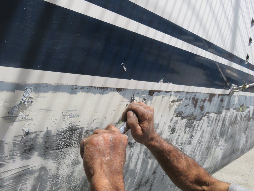 Best Way To Clean The Hull Of Your Vessel To Protect The Environment